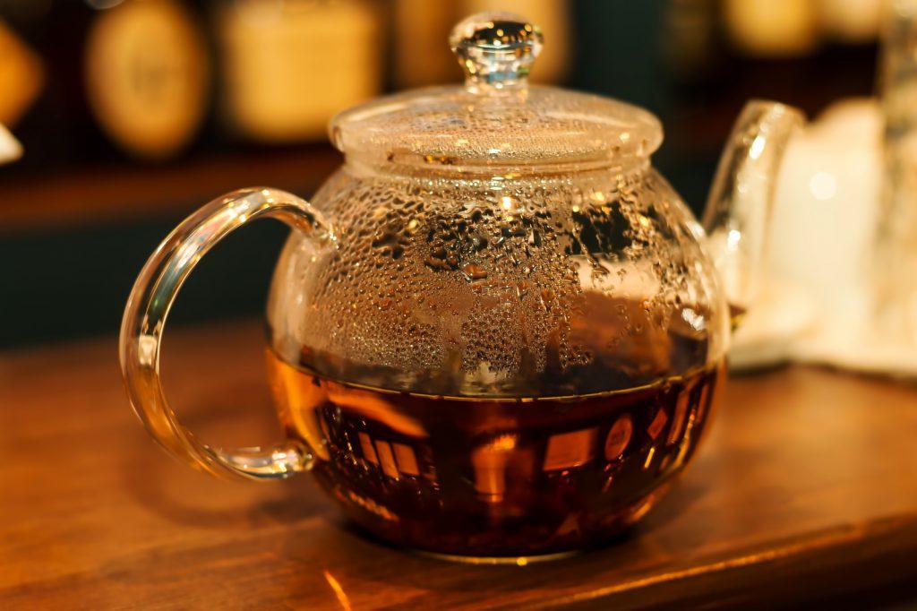 温かそうな、ホット紅茶