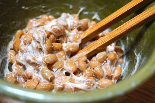 「酢納豆」を毎日食べて血圧
