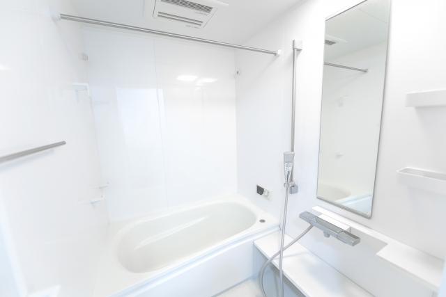 お風呂場の鏡をキレイにした画像