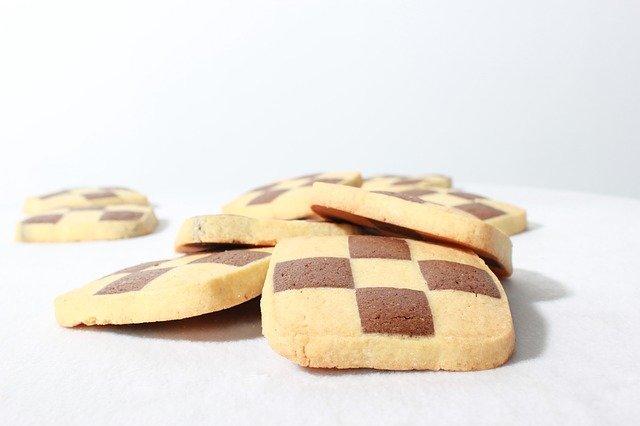 職場でおやつのクッキーをお裾分け