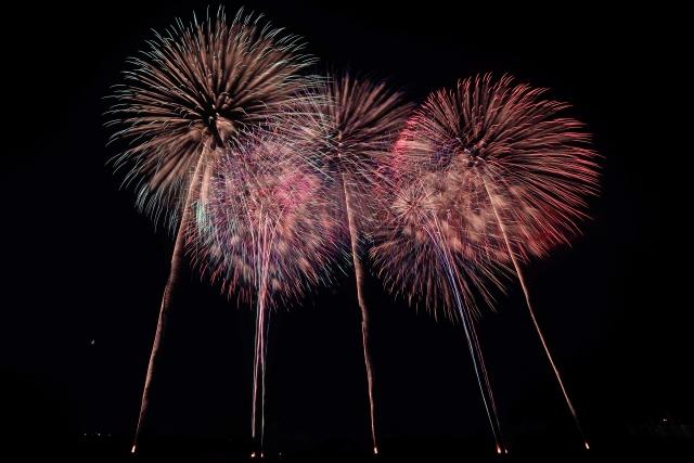 行橋市の夏祭りで上がる花火